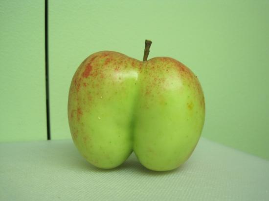 1010-ass-apple